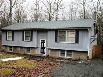 184 Pebble Rock Masthope, Lackawaxen, PA